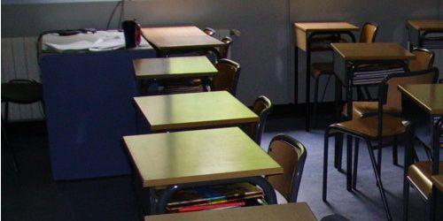 Contratación de servicios de limpieza en colegios.